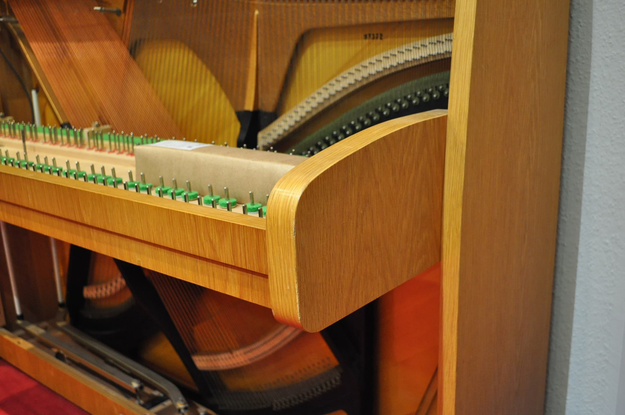 BECHSTEIN-Klavier<br/>Gebraucht<br/>Modell 12 n<br/>€ 5 600,-<br/>Derzeit in Arbeit