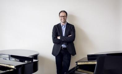 Potrait Bernhard Flöck, Flügel und Pianos, Wiesbaden und Koblenz