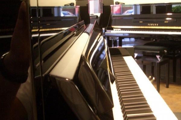 schimmel-klavier-c116-modern