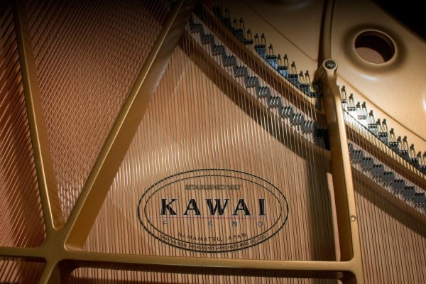 fluegel-kawai-GL-10-