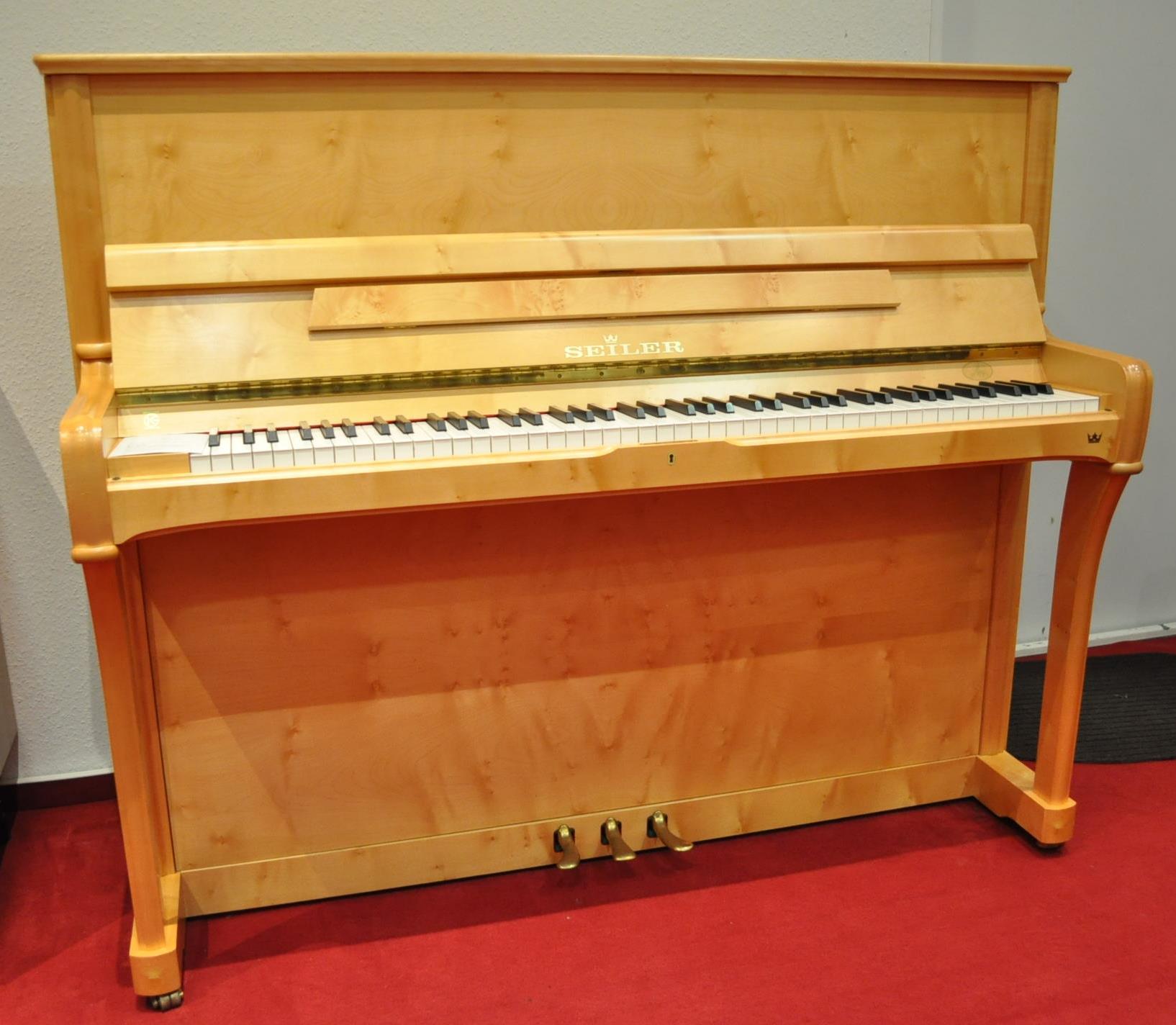 SEILER-Klavier Gebraucht<br/>Ahorn<br/>€ 7 800,-