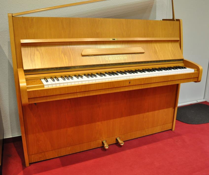 BECHSTEIN-Klavier<br/>Gebraucht<br/>Modell 12 n<br/>€ 5 600,-<br/>