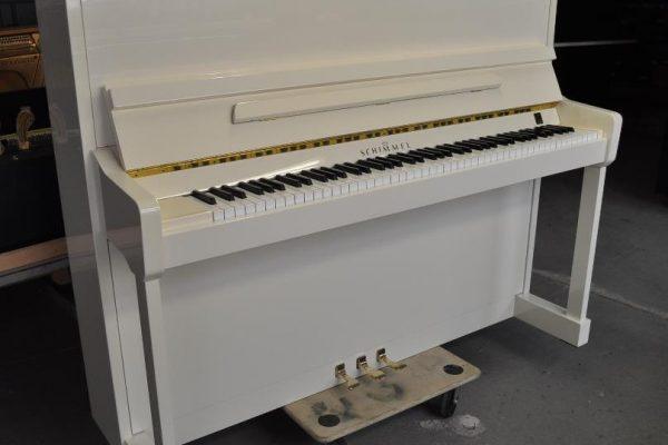 gebraucht klavier schimmel wei poliert. Black Bedroom Furniture Sets. Home Design Ideas