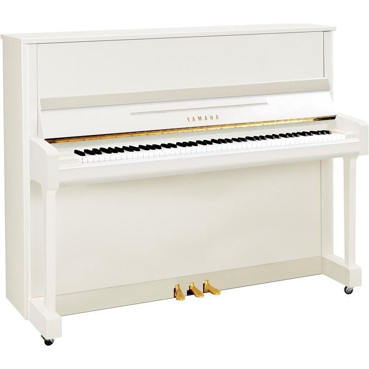 Yamaha B3<br/>Weiß poliert<br/>Aus Miete zurück. 1 Jahr jung<br/>5 090,-.