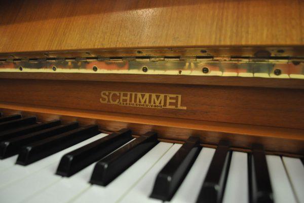 gebraucht_klavier_schimmel-nussbaum (3)