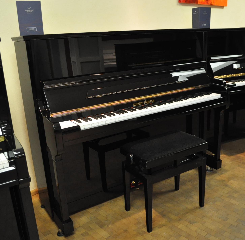 August Förster Klavier<br/>Modell 125 G<br/>Gebraucht   €9 900,-.