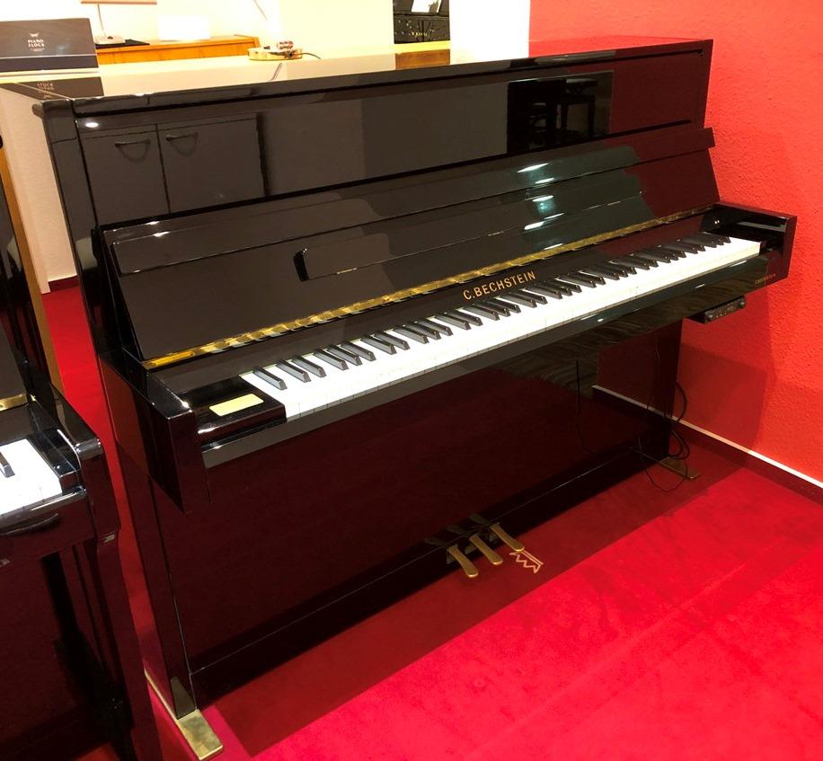 Bechstein-Klavier<br/>Modell 116 Millenium <br/>Mit Quite Time SILENT<br/>Gebraucht   € 10 900,-<br/>Derzeit in Arbeit
