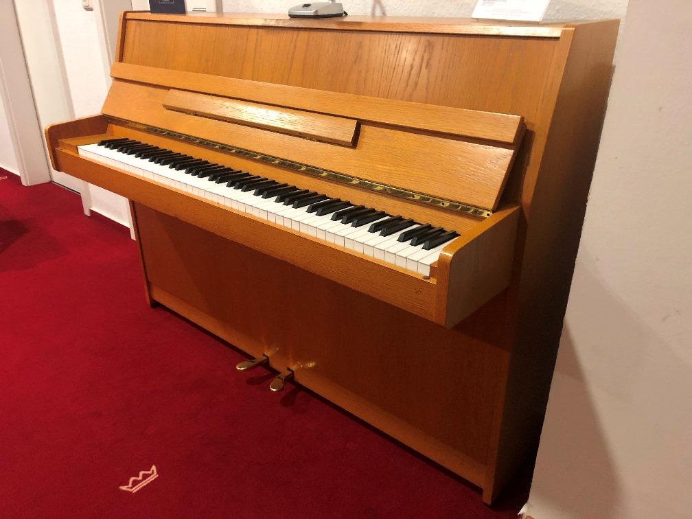 Kawai Klavier<br/>Modell CX5<br/>Gebraucht   <br/>€ 2 190,-.