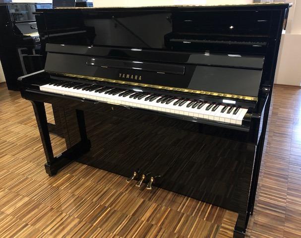 Yamaha Klavier<br/>Modell SU118 Handgefertigt<br/>Gebraucht<br/>SUPER GELEGENHEIT<br/>€ 10 900,-