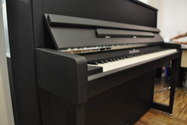 Schimmel_Klavier_121_EM_Chrom_Matt (5)